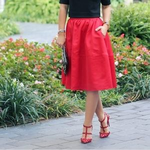 NWT Express Blogger Holiday Red midi Skirt Size 10
